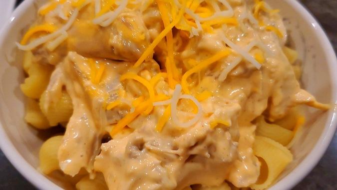 siracha chicken pasta